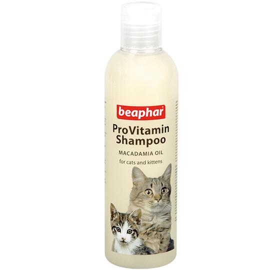 Beaphar ProVitamin Shampoo Macadamia Oil – шампунь з олією макадамія для котів і кошенят з чутливою шкірою
