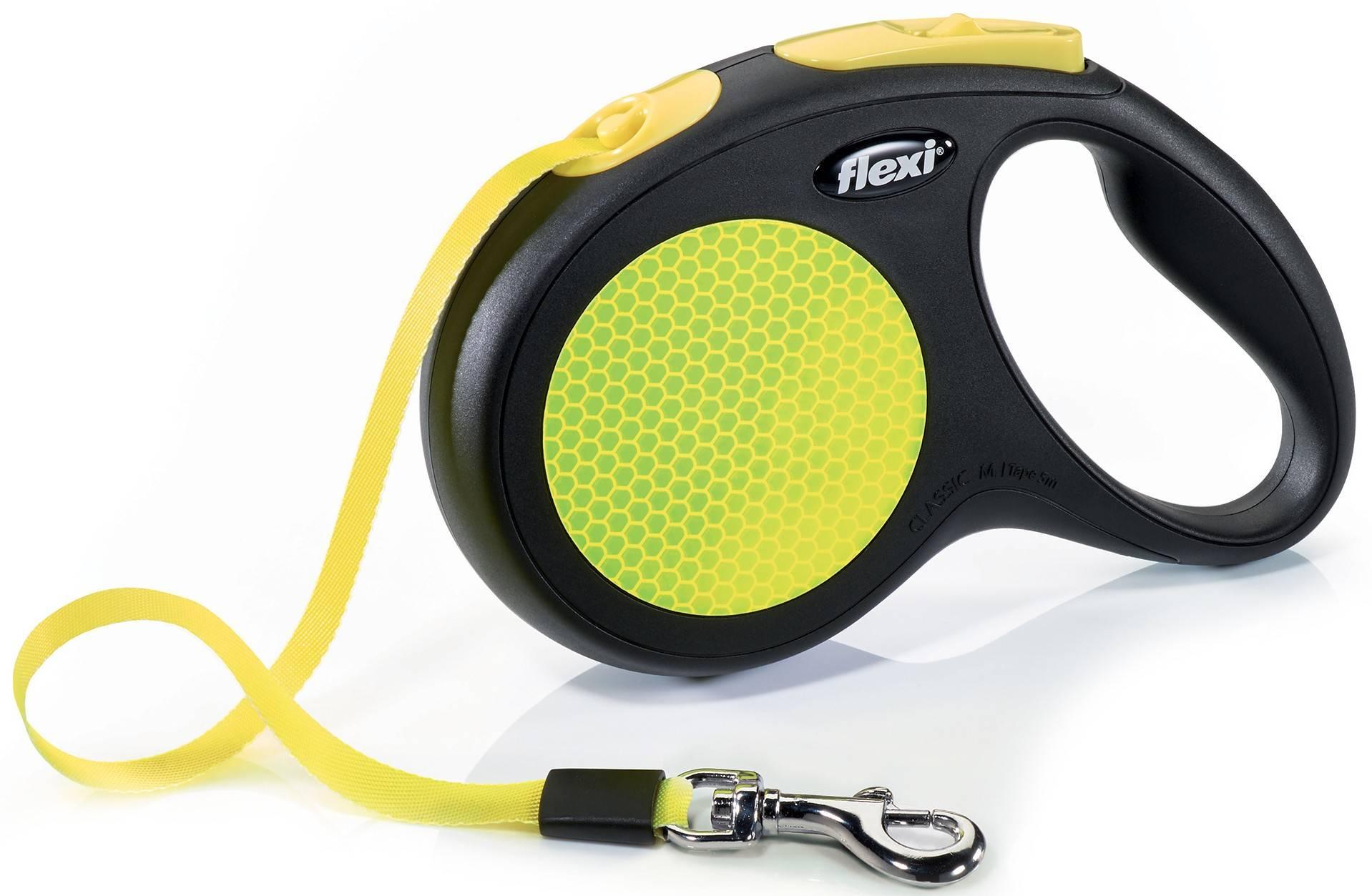 Flexi New Neon M – рулетка со светоотражающей лентой для собак средних пород